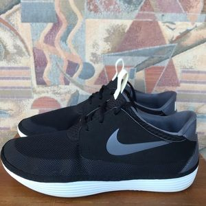 Nike Solarsoft Moccasin Sneakers Shoes Men's Sz 11